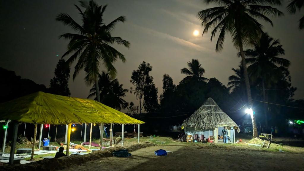 Campsite at night ... Ruins of Hampi. MemExp Blog