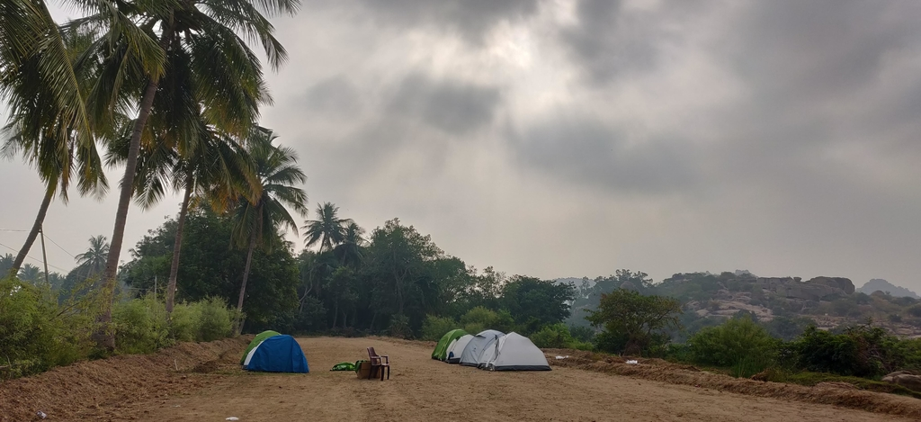 Slept in tents and woke ... Ruins of Hampi. MemExp Blog