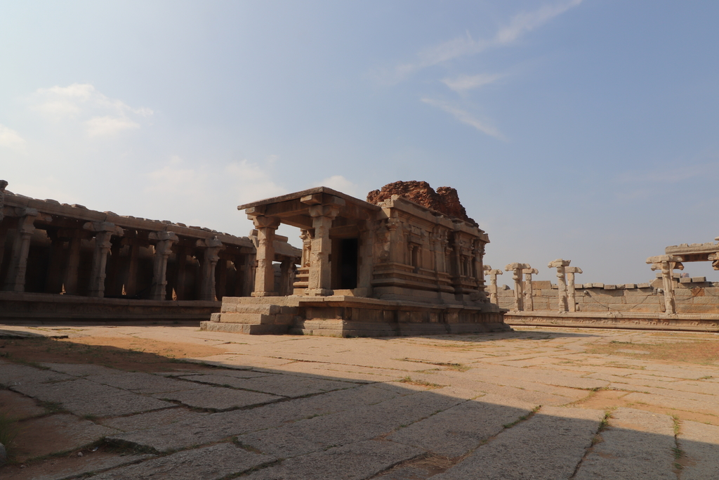 When you have wide angle... Ruins of Hampi. MemExp Blog